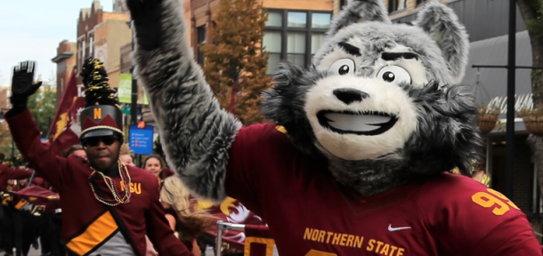 Thunder the Wolf waving during a past parade